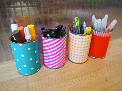 tambouille pot a crayon recyclage. Black Bedroom Furniture Sets. Home Design Ideas